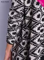Sweter                                  zdj.                                  9