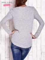 Szara bluzka w paski z napisem LOVE AND SWAG                                                                          zdj.                                                                         4