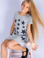 Szara sukienka dla dziewczynki z gwiazdkami                                  zdj.                                  4