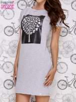 Szara sukienka dresowa ze srebrnym printem drzewa                                  zdj.                                  1