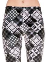 Szare legginsy w patchworkowe wzory w kratę                                  zdj.                                  5