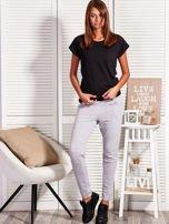 Szare spodnie dresowe z kontrastowymi wstawkami                                  zdj.                                  5