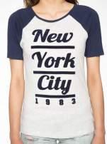 Szaro-granatowy t-shirt z nadrukiem NEW YORK CITY 1983                                  zdj.                                  7