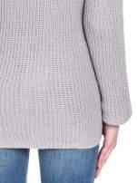 Szary ciepły sweter z golfowym kołnierzem                                  zdj.                                  8
