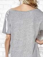 Szary t-shirt z nadrukiem rewolweru Funk n Soul