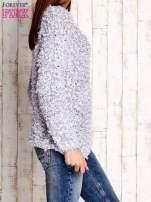 Szary włochaty sweter                                  zdj.                                  3