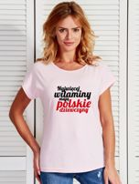 T-shirt NAJWIĘCEJ WITAMINY MAJĄ POLSKIE DZIEWCZYNY jasnoróżowy                                  zdj.                                  1