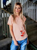 T-shirt damski brzoskwiniowy z naszywkami USTA                                  zdj.                                  1