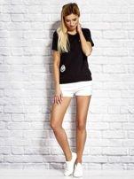 T-shirt damski z wiązaniem i naszywkami czarny                                  zdj.                                  4