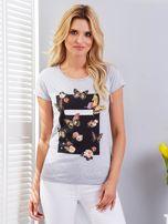 T-shirt jasnoszary z motylami                                  zdj.                                  1
