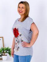 T-shirt jasnoszary z różą PLUS SIZE                                  zdj.                                  5