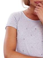 T-shirt szary z perełkami                                  zdj.                                  5