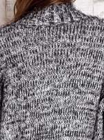 TOM TAILOR Czarny włochaty sweter z kieszeniami
