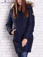 TOM TAILOR Granatowy płaszcz z futrzanym kapturem                                                                          zdj.                                                                         1