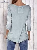 TOM TAILOR Jasnozielona dekatyzowana koszula z dłuższym tyłem                                  zdj.                                  4