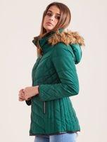Zielona kurtka zimowa z futrzanym kapturem i kołnierzem                                  zdj.                                  4