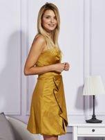 Złota sukienka z drapowaną falbaną                                  zdj.                                  3