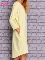 Żółta gładka sukienka oversize                                  zdj.                                  4