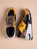 Żółte buty sportowe z wstawką w wężowy print                                  zdj.                                  1